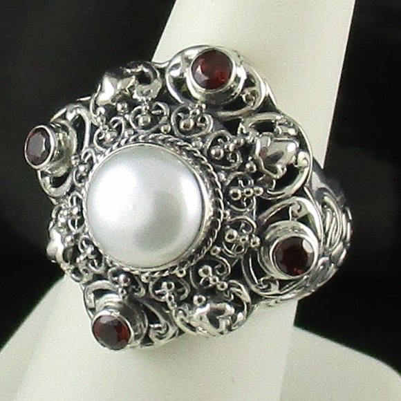 Vintage Gorgeous Sterling Silver Ring With Pearl Filigree Bali